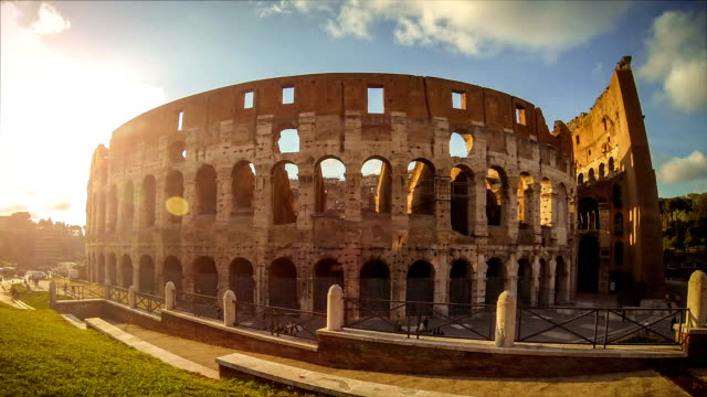 Timelapse: dezoom of the Colosseum - Rome HD Video video