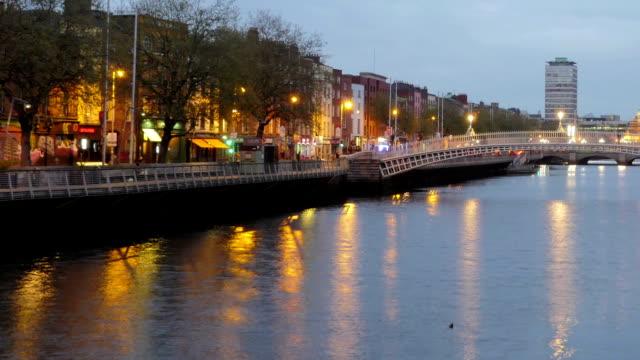 Timelapse: Dublin Ha'penny Bridge Panning left to right video