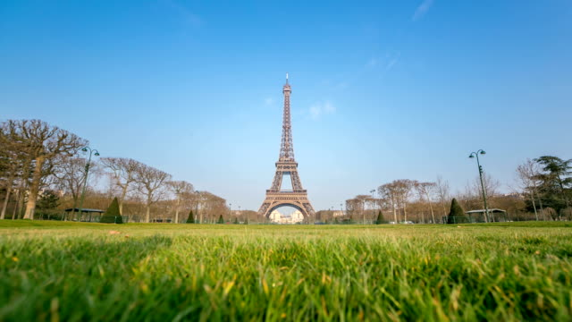 HD Timelapse: Eiffel Tower Paris in the garden dawn video