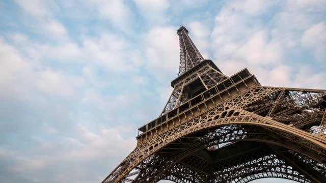 4K Timelapse: Eiffel Tower Paris with cloudscape evening, France video