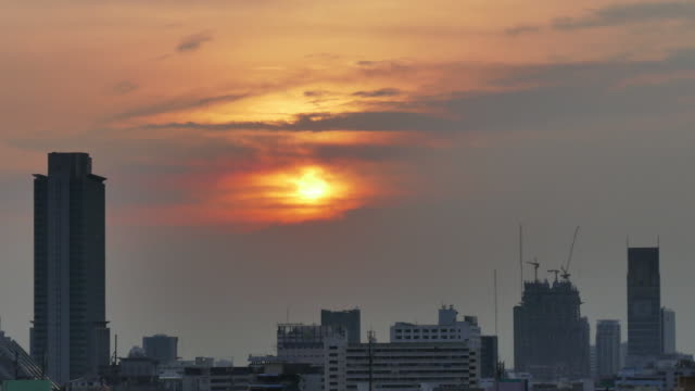 Time-lapse of Sunset sky and clouds city bangkok. video