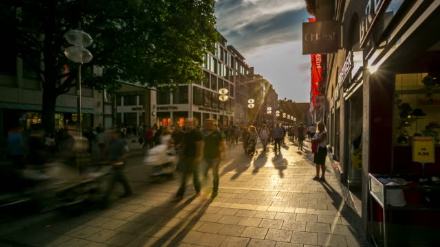 4K Time-lapse: Pedestrian crowded at Central Square Marienplatz, Munich, Germany video