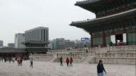 time-lapse people crowd Gyeongbokgung Palace in South Korea video