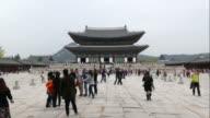 time-lapse people crowded Gyeongbokgung Palace,Korea video