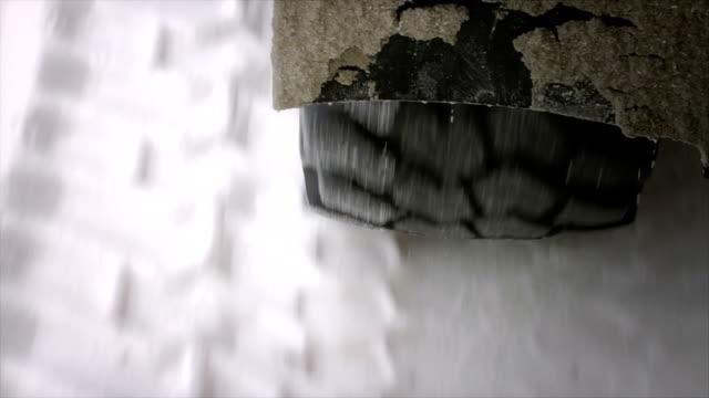 Tire tread on salt video