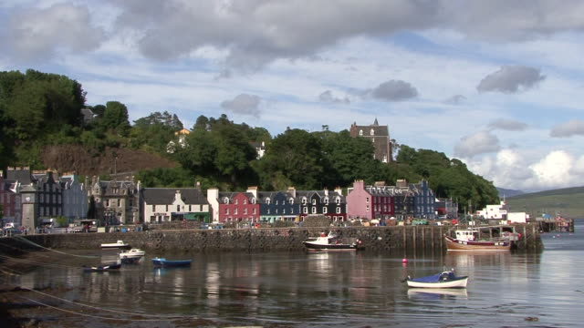 Tobermory Harbour video
