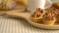 toffee cup cake video