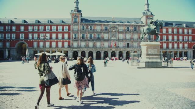 Tourist girls in Plaza Major of Madrid video