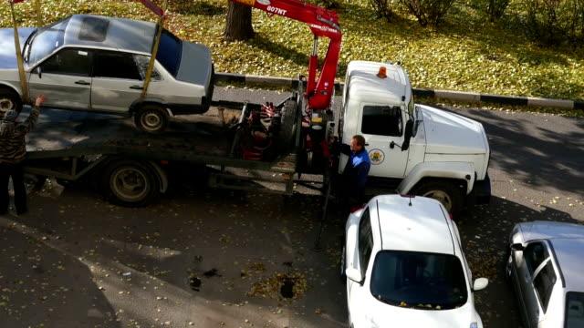 Tow car loads (cranking video