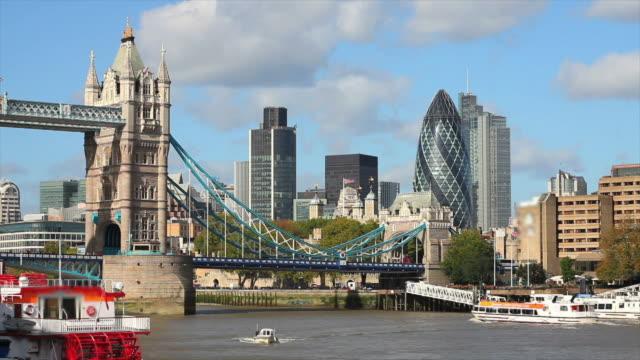 T/L Tower Bridge And London City video