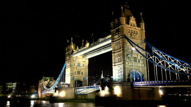 Tower Bridge nightshot video
