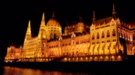 Tracking shot of the budapest parliament at night video