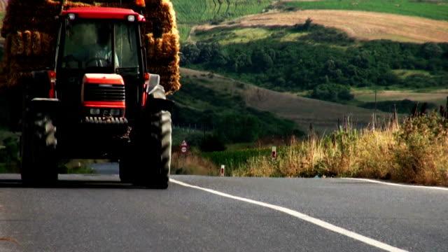 Tractor video