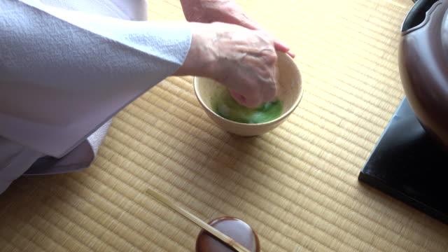 Traditional tea ceremony 'sado' 3 bulk 3/3 -4K- video