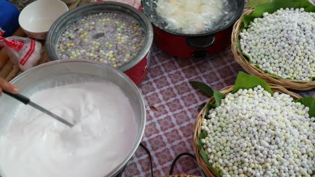 Traditional Thai sweet, Street food in Bangkok video