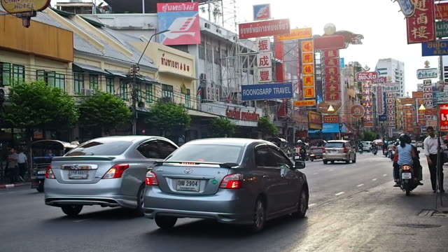 Traffic in Bangkok chinatown video