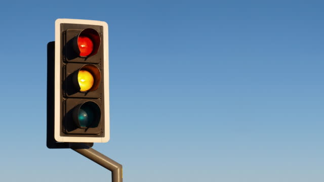 UK Traffic Light video