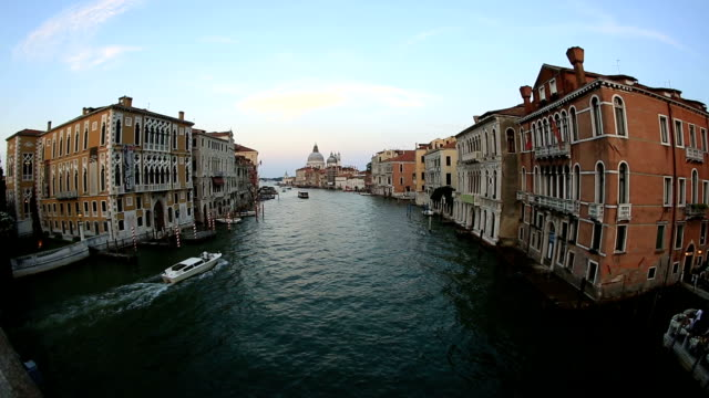 Traffic on the Grand Canal (Canale Grande) video