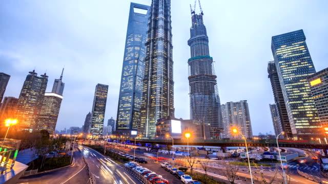 traffic through city video