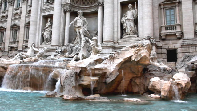 Trevi Fountain in Rome (HD) video