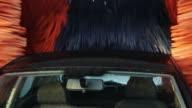 Tunnel Car Wash - Coche en Tunel de Lavado video
