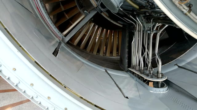 turbo jet engine video