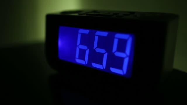Turning off alarm clock video