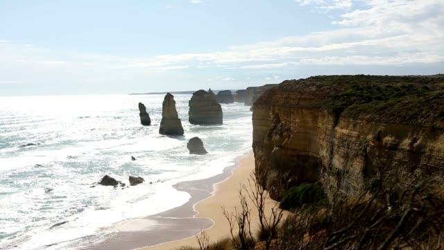 Twelve Apostles sea rocks, Australia video