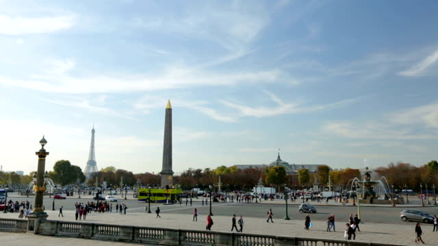 Paris, France - November 11, 2014: Two establishing shots of Place Concorde in Paris France. video