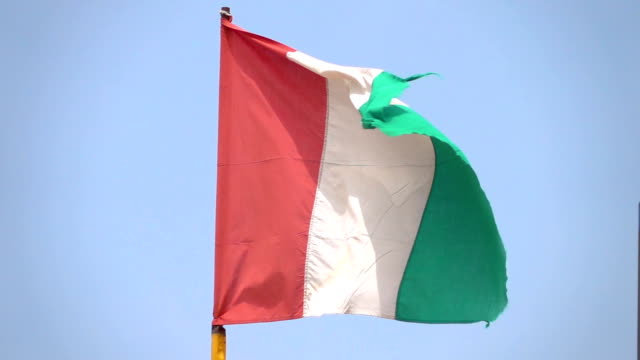 Two videos of italian flag in real slow motion video