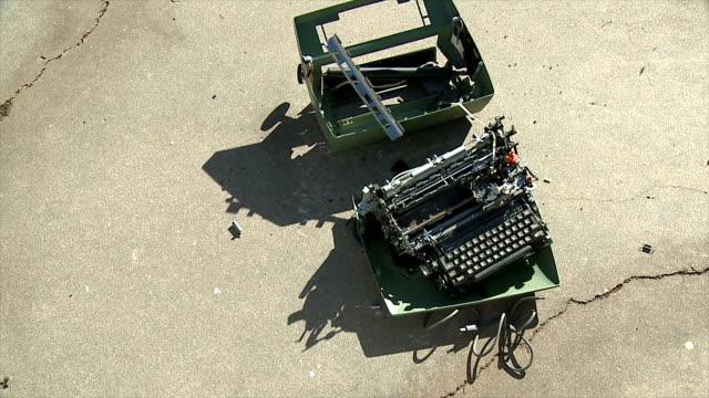 Typewriter Bounces video