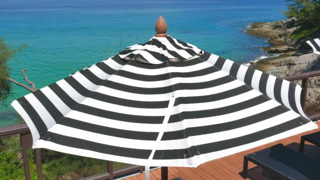 HD Umbrella chair pool video