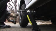 HD: Unscrewing The Tire video
