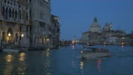 venice, grand canal in the evenening video