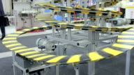 Vertical conveyer belt and people video