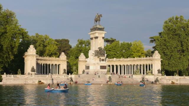 View of Madrid, Spain, parque del buen retiro video