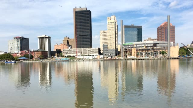 View of Toledo, Ohio on a bright day video