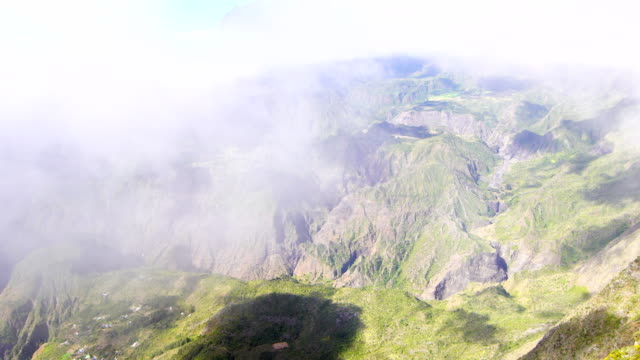 Views in MAïdo mountain - Reunion Island video