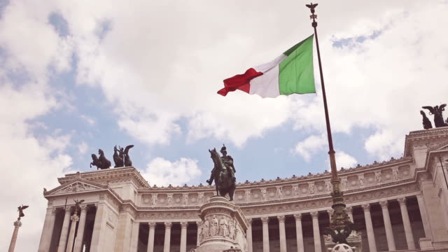 Vittorio Emanuele Monument in Rome and Italian Flag video