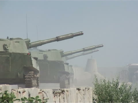 volley of heavy artillery video