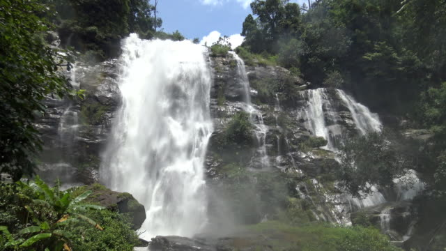 Wachirathan waterfall with water splash at Doi Inthanon National Park. video