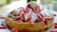 waffles with strawberry and ice cream video