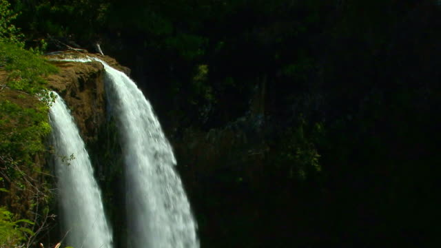 Wailua Falls waterfall in Kauai, Hawaii View 4 video