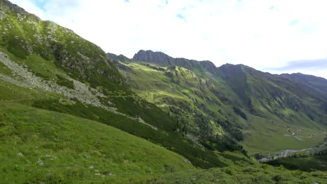 POV: Walking the 'Stubaier Höhenweg' video