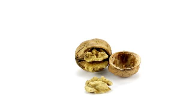 Walnuts video