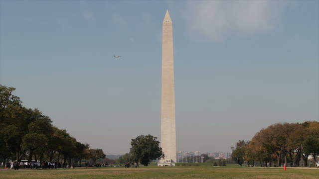Washington Monument at the Mall timelapse video