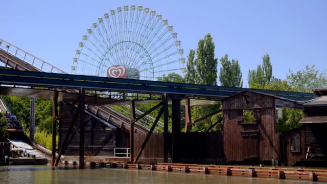 SLOW  MOTION: Water coaster video