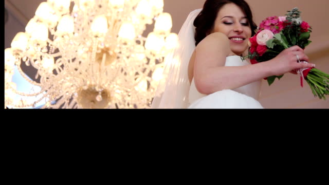 wedding couple posing.multiscreen video