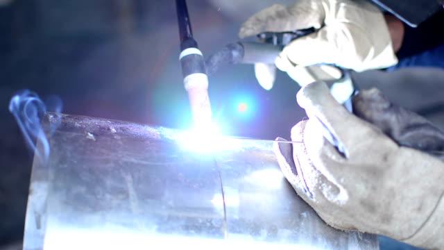 welding pipe video