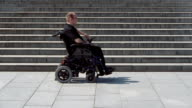 wheelchair looking for a way up video